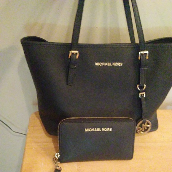 58a30519bb18 Michael Kors Bags | Mk Black Purse And Wallet | Poshmark